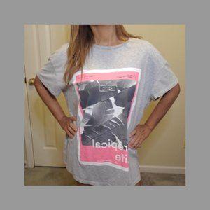 H&M Tropical Life graphic gray t-shirt